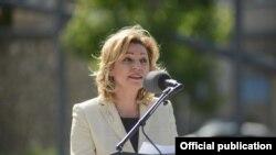 Shefja e Zyrës së Bashkimit Evropian në Kosovë, Natalyia Apostolova