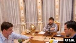 Даніла Гальпяровіч (зьлева), Рамзан Кадыраў, Грэгары Файфэр