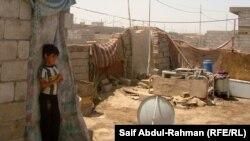احد احياء الكوت الفقيرة - صورة من الارشيف
