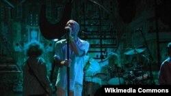 R.E.M qrupunun İtaliyada konserti. 2003-cü il