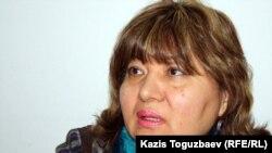Кульпаш Айгербаева, адвокат Серика Сапаргали, оппозиционного политика, находящегося под следствием. Алматы, 19 марта 2012 года.