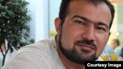 Həbsdə olan jurnalist Seymur Həzi