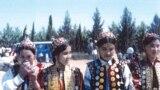 Қазақ қыздары. Иран, 1978 жыл. Суретті түсірген ирандық этнограф Мансұр Киай.
