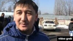 Шынгыс, владелец машины с кыргызскими номерами. Алматы, 12 марта 2014 года.