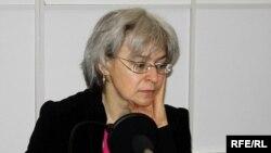 Анна Политковская в московском бюро РС в апреле 2006