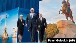 ՌԴ նախագահ և նախագահի թեկնածու Վլադիմիր Պուտինը ընտրողների հետ հանդիպման ժամանակ, Մոսկվա, 30-ը հունվարի, 2018թ․