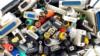 Problem elektronskog otpada: Iz kuće, pa pored kontejnera