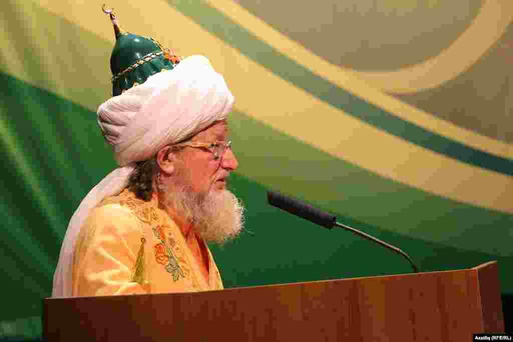 Русия мөселманнарының Үзәк диния нәзарәте башлыгы Тәлгать Таҗетдин