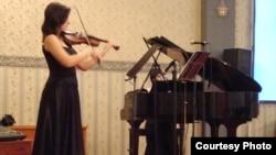 Пламенка Трајковска, виолинистка.
