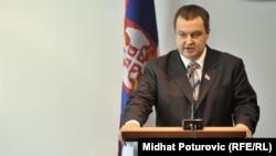 Српскиот премиер Ивица Дачиќ .