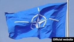 ՆԱՏՕ-ի դրոշը