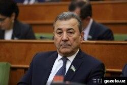 Өзбекстандын Олий Мажлис Сенатынын төрагасынын орун басары Садык Сафаев.
