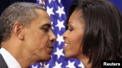 Супруги Барак и Мишель Обама