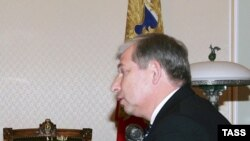 Виктор Черкесов считает себя таким лидером чекистской корпорации