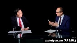 Armenia - Vice President of the Asian Development Bank, Wencai Zhang, during an interview with RFE/RL Armenian Service Director Harry Tamrazian, 12Nov, 2017