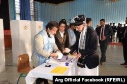 افغان ولسمشر په کابل کې خپله رایه استعمال کړه