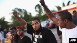 Protestat pas vrasjes së 18 vjeçarit Michael Brown.