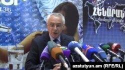 Ազգային վիճակագրական ծառայության տնօրենի խորհրդական Գուրգեն Մարտիրոսյանը, արխիվ: