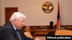 ԵԱՀԿ գործող նախագահի անձնական ներկայացուցիչ Անջեյ Կասպշիկը Ստեփանակերտում, արխիվ