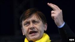 В.Д. претседателот на Романија Крин Антонеску