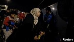 Refugiați și emigranți la granița Greciei