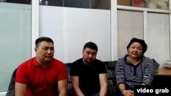 Фрагмент видеообращения граждан, заявляющих, что они стали жертвами финансовой пирами, организованной жительницей Аягоза.