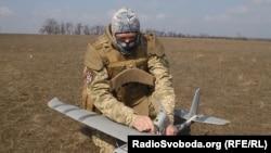 Ілюстративне фото. Волонтери спільноти «Інформнапалм» нарахували мінімум 9 різних типів безпілотних літальних апаратів, які були виготовлені в Росії і помічені на Донбасі