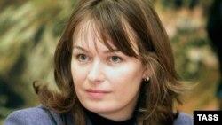«Я хочу сказать понятно для всех, и пусть никто не обижается: я по природе своей больше режиссер, нежели актер, который играет роли, написанные кем-то», – написала на своей странице в социальной сети Facebook экс-первая леди Сандра Рулофс