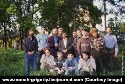 Михаил Баранов в нижнем ряду крайний справа. Флорищи, 1997
