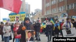 Архивное фото: марш памяти Бориса Немцова в Торонто, Канада, 2015 год