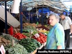Bakıda bazar - 2011
