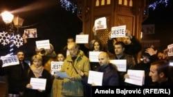 Протестная акция сербских журналистов в городе Нови-Пазар 25 января