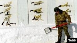 По мнению солдатских матерей, в российской армии занимаются чем угодно, но только не решением реальных проблем солдатского быта
