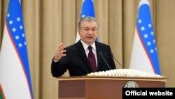 Шавкат Мирзиёев парламентга мурожаат қилмоқда - 29 декабрь, 2020
