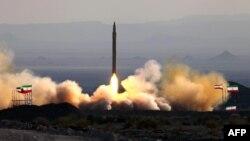 Pamje gjatë testimit të raketës Qiam në Iran, foto nga arkivi