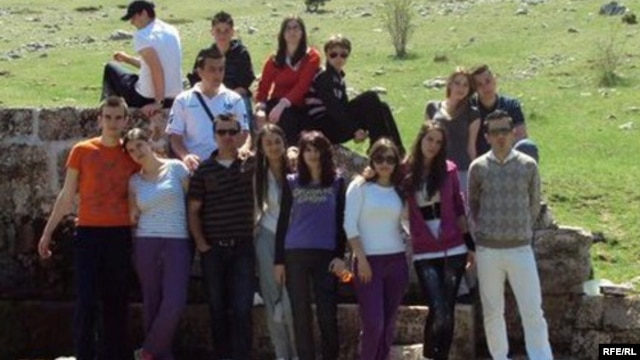 Članovi Asocijacije volontera Mostar, ilustrativna fotografija: Adla Dizdar