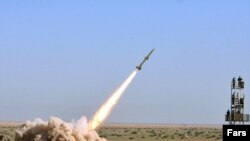 Images purporting to show Iran's IRGC test of short-range missiles on September 27