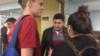 """Рамазан Салахетдинов (слева), сотрудник Центра """"Э"""" и юрист Эльза Нисанбекова"""