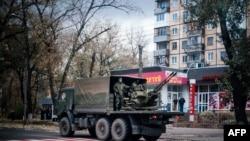 Проросійські сепаратиисти в Донецьку, архівне фото
