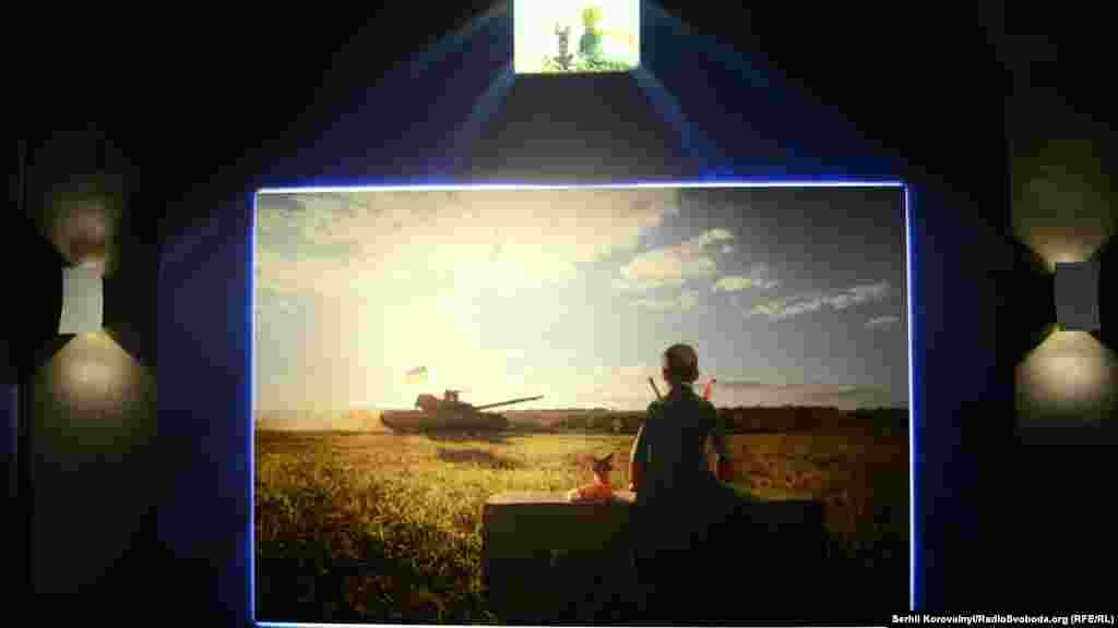 Оскільки автор хотів, щоб всі фотографії були неодмінно зроблені на фронті, у нього виникли труднощі із роботою над своєю версією ілюстрації до твору Антуана де Сент-Екзюпері «Маленький принц». Врешті-решт йому вдалося знайти хлопчика із місцевих мешканців, і світлина була зроблена
