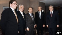 Участники переговоров по выработке Дейтонских соглашений. Ричард Холбрук, Франьо Туджман, Алиа Изетбегович, Уоррен Кристофер, Слободан Милошевич