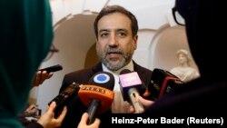 عباس عراقچی، عضو ارشد تیم مذاکره هستهای ایران، در گفتوگو با خبرنگاران در وین
