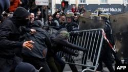Protesti u Parizu, arhivska fotografija