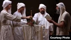 مندائيون اثناء طقس ديني