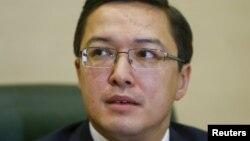 Председатель Национального банка Казахстана Данияр Акишев на пресс-конференции в Алматы. 22 декабря 2015 года.