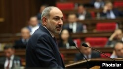 Armenia -- Prime Minister Nikol Pashinian speaks during his government's question-and-answer session in parliament, Yerevan, April 15, 2020.