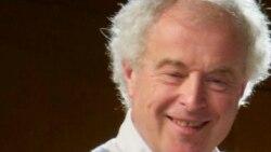 Sir Andras Schiff un pianist angajat la început de mileniu