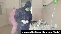 Улукбек Урулбаев жумуш учурунда.