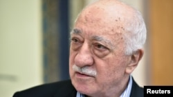 Exiled Turkish cleric Fethullah Gulen (file photo)