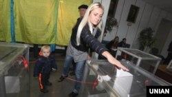 Голосування під час місцевих виборів у Києві, 25 жовтня 2015 року